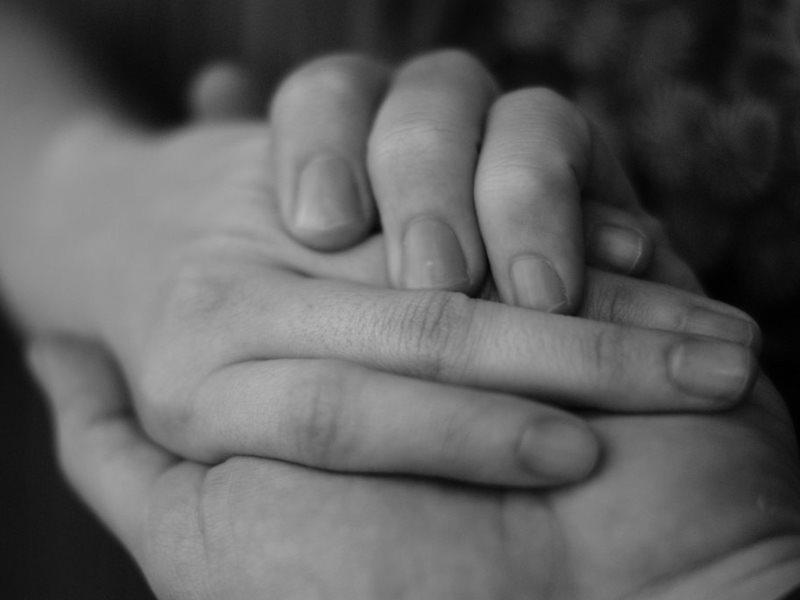Картинка с мамиными руками