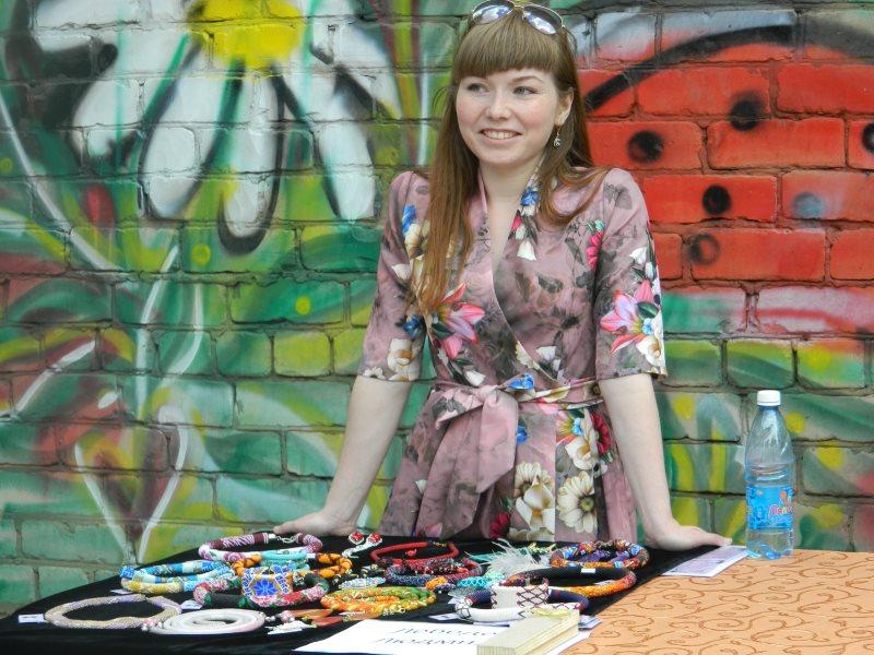 Работа в борзе для девушки заработать моделью онлайн в берёзовский